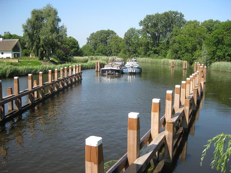 van Hees aannemer waterbouw: remming project